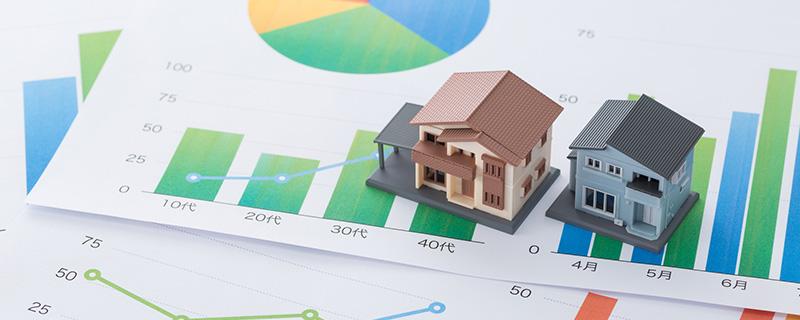 住宅模型とグラフ